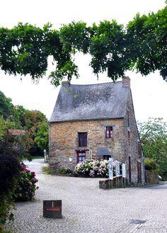 La Gacilly, Morbihan village house. Bretagne by G.