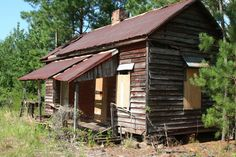 Old home... (pinned by haw-creek.com)