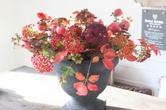 Prachtige natuurechte zijde herfstbloemen, kijk op de webshop,(www.annefleurs.nl) en stel hem zelf samen!