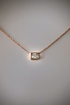 http://rubies.work/0809-multi-gemstone-earrings/ 14k Gold .20 carat Emerald Cut Diamond Necklace on Etsy, 371,86 €