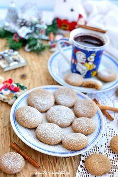 Turtă dulce aromată - reţeta de post   Bucate Aromate Brownie Cookies, Biscotti, Diy And Crafts, Cereal, Vegan Recipes, Sweets, Breakfast, Healthy, Food