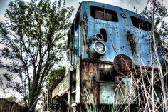Abandoned Places, Location, Landline Phone, Travel, Portrait, Inspiration, Weimar, Old Abandoned Houses, Ruins