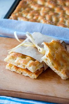 Focaccia is one of the most famous Italian flatbreads. Typical to Liguria and Genoa in particular it's often called focaccia al olio or Fugassa in Genoese dialect. Check out this authentic Italian recipe! Italian Focaccia Recipe, Italian Recipe Book, Italian Dinner Recipes, Italian Appetizers, Best Italian Recipes, Appetizer Recipes, Italian Bread, Authentic Italian Recipes, Foccacia Recipe