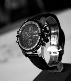 Article Les Rhabilleurs   MB Watches: Haute horlogerie et sur-mesure