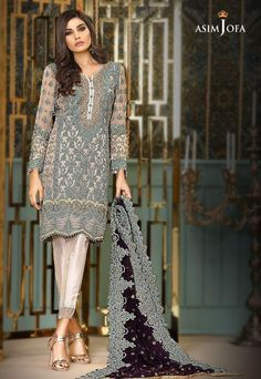 Check Out ASIM JOFA Luxury Embroidered Chiffon Collection Replica at Master Replica Pakistan Call/WhatsApp: Pakistani Couture, Pakistani Dress Design, Pakistani Designers, Pakistani Outfits, Indian Outfits, Indian Fashion Trends, Asian Fashion, Collection Eid, Summer Collection