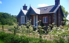 A beautiful eco-cottage in the Scottish countryside and just moments from a private beach.