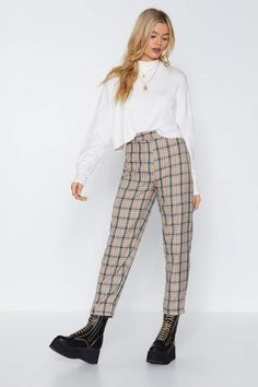 Patterned pants outfit - Let's Take a Rain Check Tapered Pants Shop Clothes at Nasty Gal – Patterned pants outfit Patterned Pants Outfit, Plaid Pants Outfit, Checked Trousers Outfit, Dress Pants, Gingham Pants, Trouser Pants, Cargo Pants, Casual Pants, Cute Casual Outfits