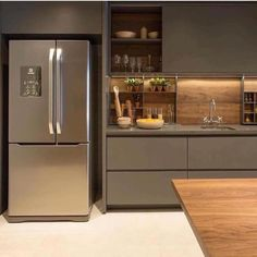 ✔ 50 creative modern kitchen cabinet design ideas for large space storage 41 ~ Ideas for House Renovations Kitchen Decor, Kitchen Inspirations, Interior Design Kitchen, Home Decor Kitchen, Contemporary Kitchen Design, Kitchen Room Design, Modern Kitchen, Modern Kitchen Cabinet Design, Contemporary Kitchen