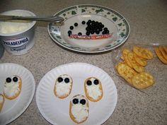 Spooky Ghost Crackers - Halloween Snack ~ Planet Weidknecht