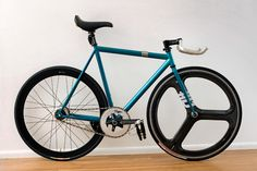 One of the best bikes ever built up: http://www.pedalroom.com/bike/teal-affinity-lo-pro-1747