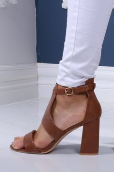 Ankle-strap fastening Peep toe Show off your pedicure Block high heel Our model too her usual size in this style Heel height: Summer Shoes, Summer Outfits, Summer Sandals, Fashion Shoes, Fashion Accessories, Wedge Boots, Girls Shoes, Ankle Strap, Peep Toe