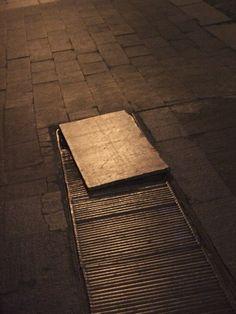 Street    (Copyright © Mena Sambiasi)