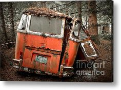 A Deluxe 23 Window Vw Bus In The Woods Acrylic Print By Michael David Sorensen Volkswagen Transporter, Volkswagen Bus, Vw T1, Volkswagen Models, Samba, Vw Caravan, Vw Camper, Abandoned Cars, Abandoned Places