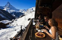 From Austria to Japan, Andrew Purvis chooses ten of the world's finest   slope-side restaurants.