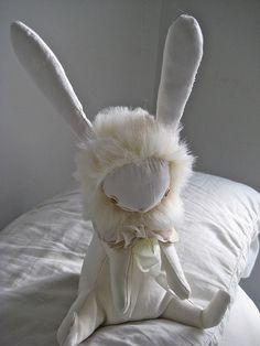 snowy bunny // astulabee