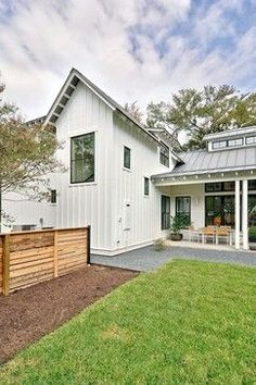 Modern Farmhouse by Redbud Custom Homes | Houzz Picks