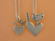 Mother Daughter Cats Necklace Set - Set of Two Sterling Silver Cat Pendants Cat Jewelry, Jewelry Design, Unique Jewelry, Jewellery, Cat Necklace, Necklace Set, Pocket Cat, Mother Daughter Necklace, Silver Cat