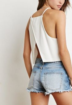 Forever 21 is the authority on fashion & the go-to retailer for the latest trends, styles & the hottest deals. Shop dresses, tops, tees, leggings & more! Classy Outfits, Casual Outfits, Cute Outfits, Crop Top Outfits, Summer Outfits, Look Fashion, Fashion Outfits, Forever 21 Outfits, Summer Crop Tops