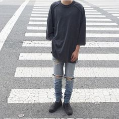 Men Street Look, Street Style, Streetwear, Style Japonais, Japan Fashion, Sneakers, Off White, Designer, Swag
