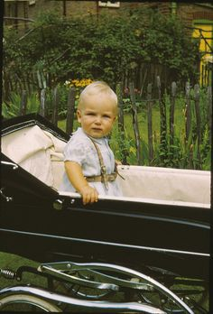 Me looking serious Vintage Pram, Baby Prams, Baby Carriage, Old Photos, Baby Kids, Photographers, Europe, Actresses, History