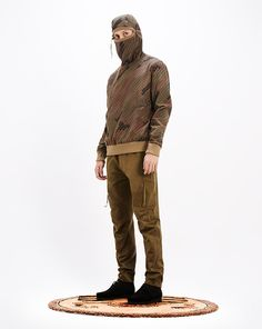 M_AW14_Pt1_Look_04