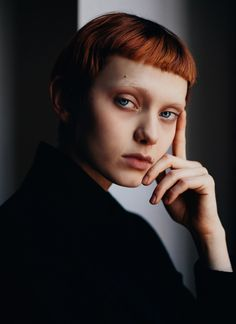 Katherine Moore by David Urbanke. Makeup Inspiration, Character Inspiration, 3 4 Face, Redheads Freckles, Texturizer On Natural Hair, Very Short Hair, Aesthetic People, Face Reference, Jolie Photo