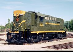 RailPictures.Net Photo: CN 3684 Canadian National Railway RS-18 at Delson, Quebec, Canada by Pierre GILLARD