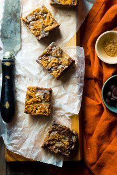 Vegan Pumpkin Spice Paleo Magic Cookie Bars - A healthier, dairy and ...