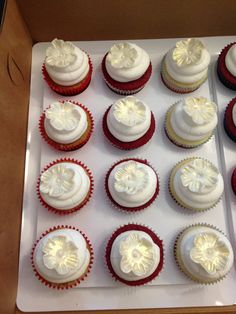 Wedding cupcakes-rows of different flavors