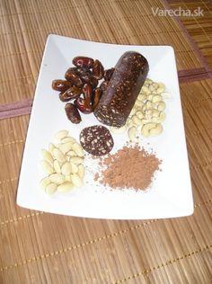 RAW kakaovo-oriešková saláma - Recept