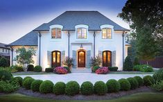 The home exterior is very important to earn a very good first impression. Deciding upon the proper exterior paint for our home is crucial boost the surrounding ambiance. French Country Exterior, French Country House, French House Plans, French Cottage, French Provincial Home, French Style Homes, Castle House, Dream House Exterior, Facade House