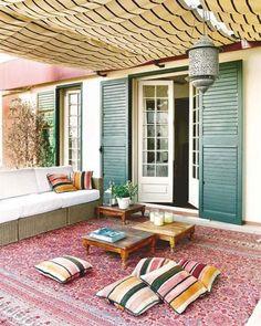 Porches de estilo bohemio e influencia marroqu