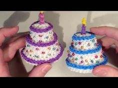 Cake Loomigurumi / Amigurumi - Rubber Band Crochet - Rainbow Loom - Birthday, Anniversary Present Rainbow Loom Tutorials, Rainbow Loom Patterns, Rainbow Loom Creations, Rainbow Loom Bands, Rainbow Loom Charms, Rainbow Loom Bracelets, Rubber Band Charms, Rubber Bands, Loom Band Bracelets