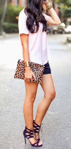 Pale pink + leopard pop.