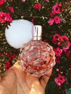 by Ariana Grande Eau de parfum Spray - -ARI by Ariana Grande Eau de parfum Spray - - Huda beauty new nude palette Don't like Ariana Grande, but this bottle is real cute!- Don't like Ariana Grande, but this bottle is real cute! Ari Perfume, Best Perfume, Perfume Bottles, Pink Perfume, Sweet Like Candy, Ariana Grande Fragrance, Perfume Diesel, Bath Body Works, Glo Up
