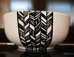 This black and white hand-drawn bowl proves that fashion is everywhere.