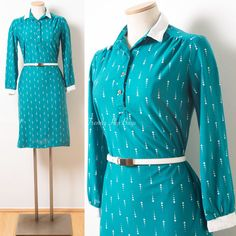 60s dress Vintage Green Dress 60s green by TrendyHipBuysVintage