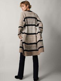 Cotton Cardigan, Knit Cardigan, Crochet Fashion, Crochet Clothes, Cardigans For Women, Knit Crochet, Knitwear, Fur Coat, Weaving