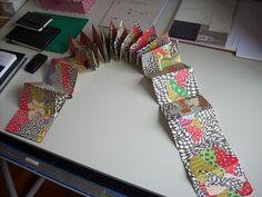 LIVRO DESENHADO EM JAPANESE FOLDER MOLESKINE,   60 folhas, 9,00 cm x 14 cm