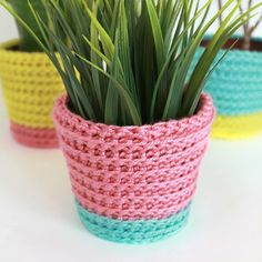 Crochet a Summer Sherbet Planter Cover for your 4-inch plants with this quick pictorial and pattern. Perfect for Summer!