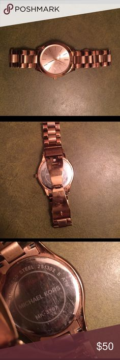 Micheal Kor watch Worn condition! No extra link! Wear on the bank! Need battery Michael Kors Accessories Watches