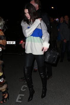 Kendall Jenner x Street Style x  Colorblock Sweater x Leather Over-the-Knee Boots x Cozy-Chic x Paris Fashion Week x 2015