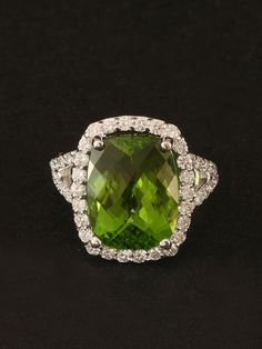 London Jewelers Collection White Gold Peridot Ring with a pave set diamond frame and shank. Peridot approximately Diamonds approximately total weight. Peridot Rings, Peridot Jewelry, Diamond Jewellery, Best Jewellery Design, Jewelry Box, Fine Jewelry, My Birthstone, Square Rings, Turquoise