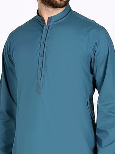 Latest Kurta Designs, Simple Kurta Designs, Latest Salwar Kameez Designs, Pakistani Mens Kurta, Shalwar Kameez Pakistani, Gents Kurta Design, Boys Kurta Design, Mens Designer Shirts, Designer Clothes For Men