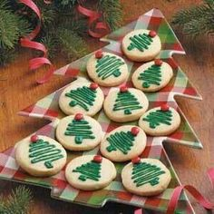 HOLIDAY COTTAGE SUGAR COOKIES