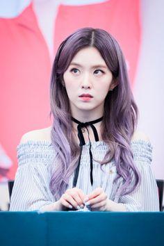 """Gallrof | credit if editing! "" Kpop Girl Groups, Kpop Girls, Seulgi, Korean Beauty, Asian Beauty, Cold Face, Red Velvet Irene, Beautiful Asian Women, Purple Hair"