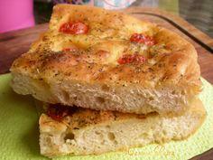 Focaccia con pomodorini,ricetta lievitata