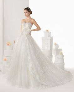 37 Magical Wedding Gowns from Rosa Clara 2014 | OneWed