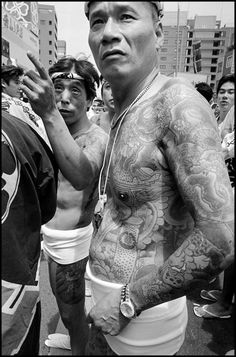 Bruce Gilden Tokyo, Asakusa, 1998, Festival Matsouri