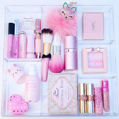 """""""I kinda like makeup..and pink! ☺️ #vanityprimp"""""""